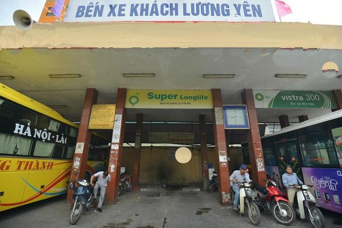 Bến xe khách Lương Yên nhếch nhác trước ngày di dời ảnh 1
