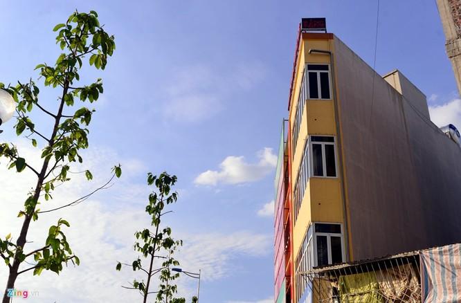 Nhà mỏng như bức tường trên con đường 6.000 tỷ ảnh 2
