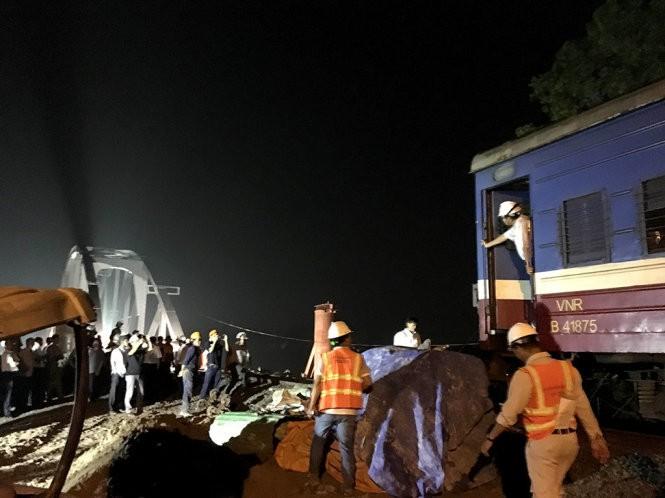 Thông cầu Ghềnh mới, đường sắt Bắc Nam liền một dải ảnh 3