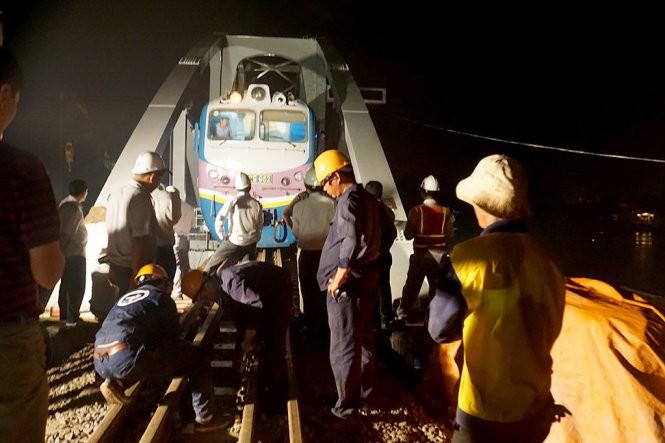 Thông cầu Ghềnh mới, đường sắt Bắc Nam liền một dải ảnh 8