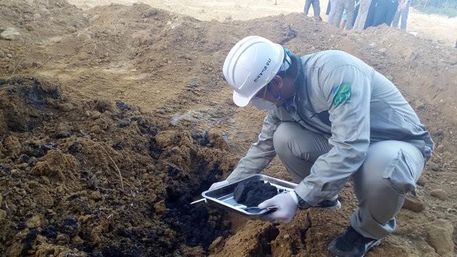 Dân biết Formosa đổ thải từ lâu, nhưng Sở TN-MT nghĩ bùn thường... ảnh 4