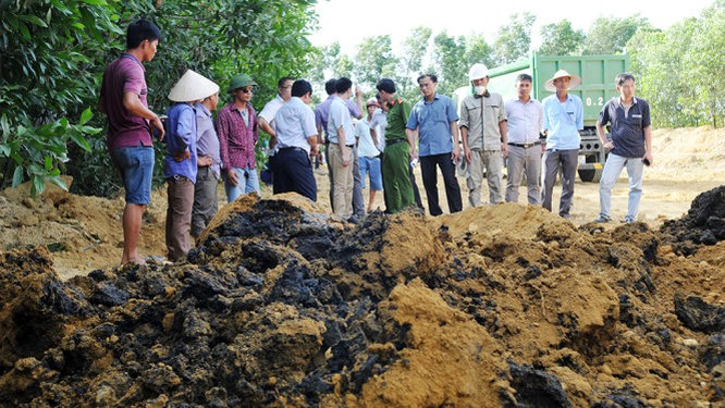 Dân biết Formosa đổ thải từ lâu, nhưng Sở TN-MT nghĩ bùn thường... ảnh 5