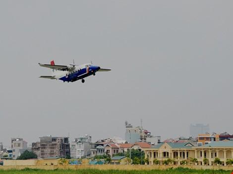 Tiêm kích Su-30MK2 và máy bay Casa 212 đã cất cánh trở lại ảnh 6