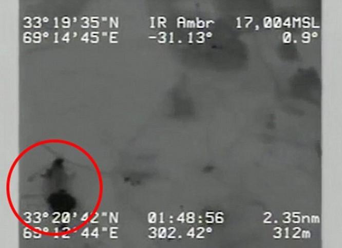 Bị bỏ lại, lính Mỹ bị thương vẫn tay không hạ 2 lính al-Qaeda trước khi chết ảnh 2