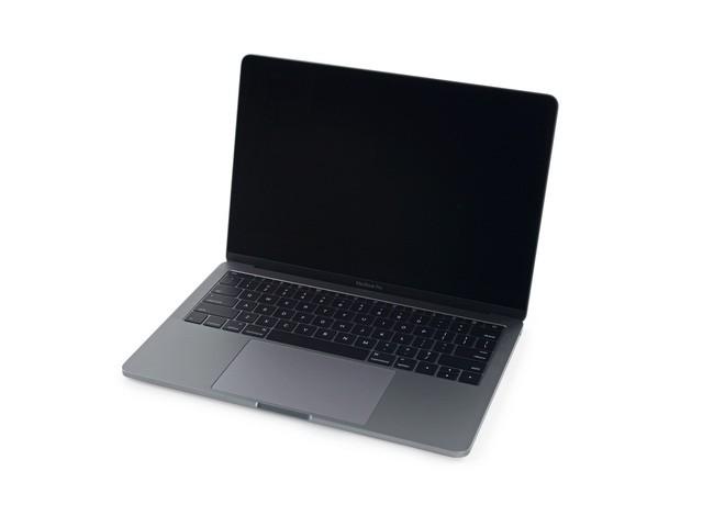 """Cận cảnh: """"Mổ bụng"""" Macbook Pro 13-inch 2016 ảnh 1"""