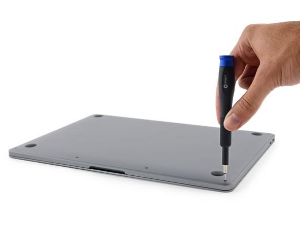 """Cận cảnh: """"Mổ bụng"""" Macbook Pro 13-inch 2016 ảnh 4"""