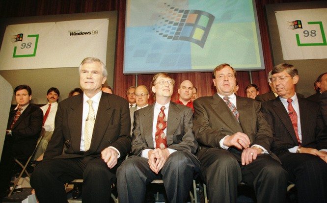 20 năm cuộc đời Internet Explorer: Từ kẻ lật đổ đột phá đến gục chết trong trì trệ ảnh 15