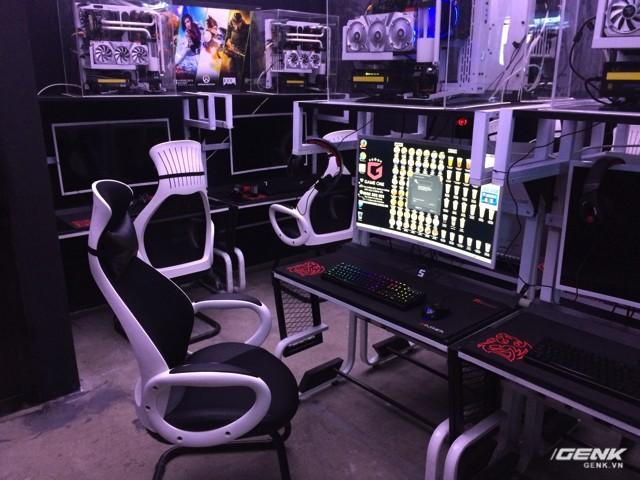 Ghé thăm phòng net khủng nhất TP.HCM: Tản nhiệt nước, GeForce series 10, màn hình cong ảnh 7