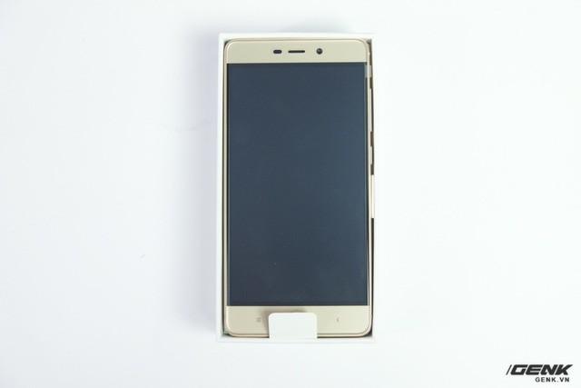 Hình ảnh Xiaomi Redmi 4 đầu tiên tại Việt Nam: Nâng cấp mạnh và giá rẻ giật mình ảnh 5