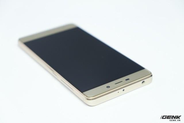Hình ảnh Xiaomi Redmi 4 đầu tiên tại Việt Nam: Nâng cấp mạnh và giá rẻ giật mình ảnh 9