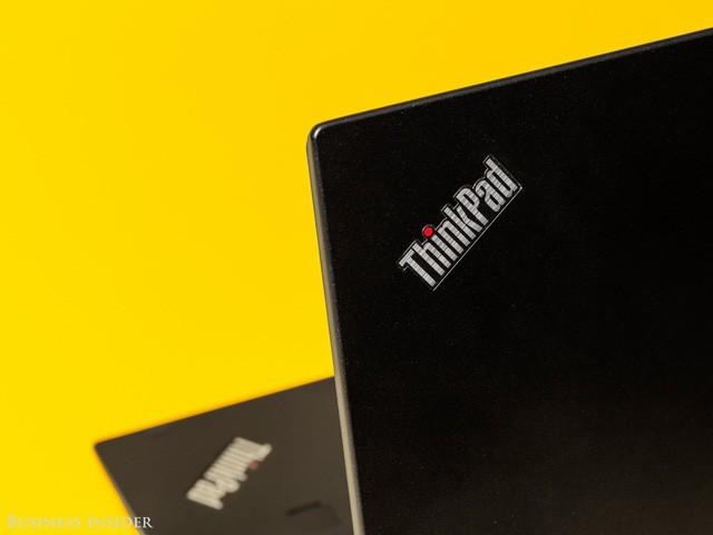 Tương lai của công nghệ màn hình OLED đột phá cho laptop sẽ đi về đâu? ảnh 2