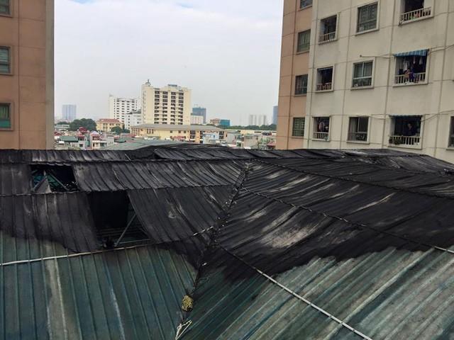 Hà Nội: Cháy lớn tại bể bơi lọt giữa 3 tòa chung cư Xa La ảnh 11