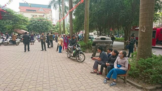 Hà Nội: Cháy lớn tại bể bơi lọt giữa 3 tòa chung cư Xa La ảnh 6