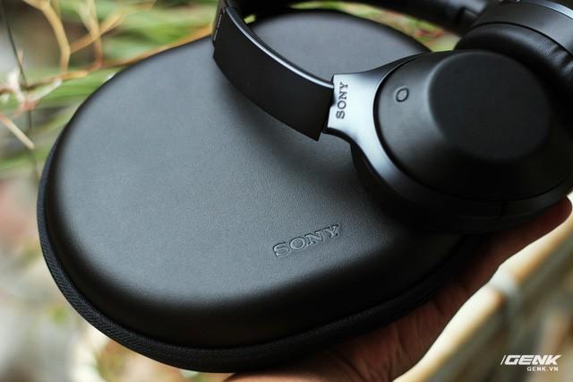 """Muốn thống trị thị trường tai nghe không dây, Bose và Beats cần """"bước qua xác"""" flagship này của Sony ảnh 12"""