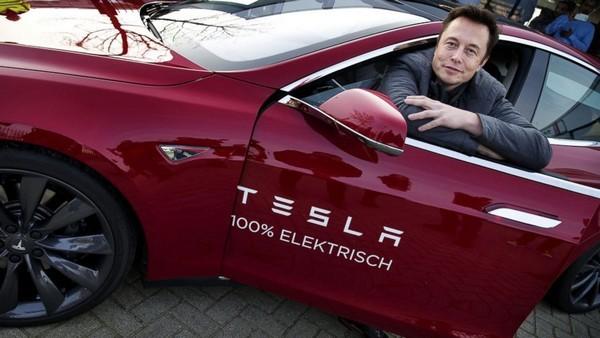 """""""Iron Man"""" Elon Musk - Thiên tài sẽ thay đổi tương lai thế giới? ảnh 2"""