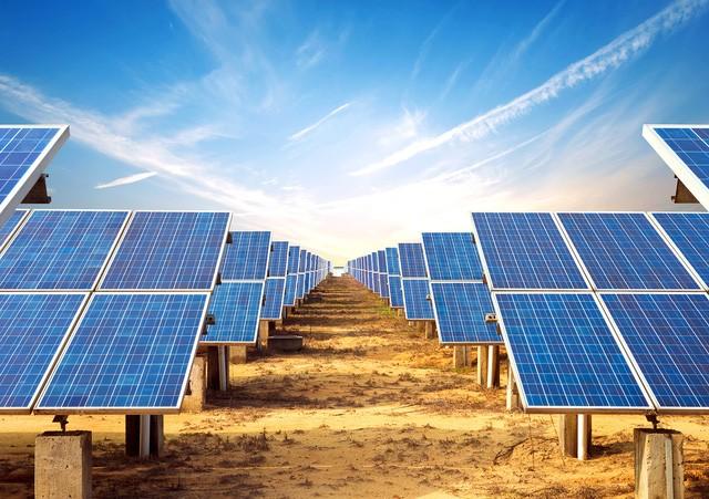 Lần đầu tiên điện mặt trời trở thành nguồn năng lượng rẻ nhất thế giới ảnh 3