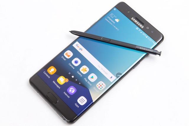 7 smartphone được mong đợi nhất trong năm 2017 ảnh 4