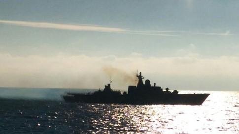 Video Chiến hạm Gepard Việt Nam rẽ sóng trên Biển Đen ảnh 3