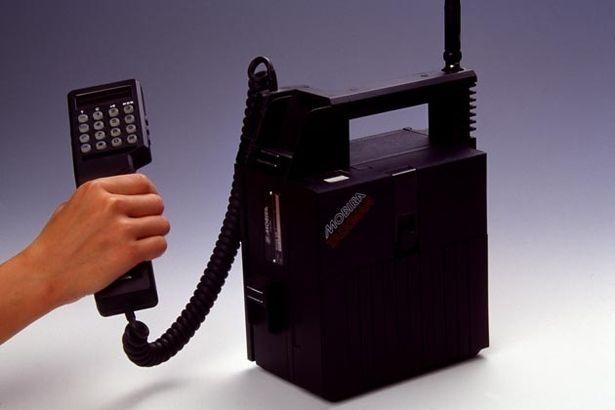 """10 """"huyền thoại"""" đốn tim biết bao thế hệ mong chờ ngày hồi sinh hơn cả Nokia 3310 ảnh 5"""