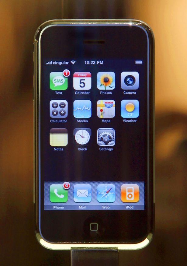 """10 """"huyền thoại"""" đốn tim biết bao thế hệ mong chờ ngày hồi sinh hơn cả Nokia 3310 ảnh 6"""