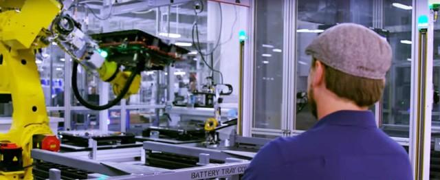 """Elon Musk: """"Chỉ cần 100 nhà máy Gigafactory là đủ cung cấp điện cho cả thế giới"""" ảnh 1"""