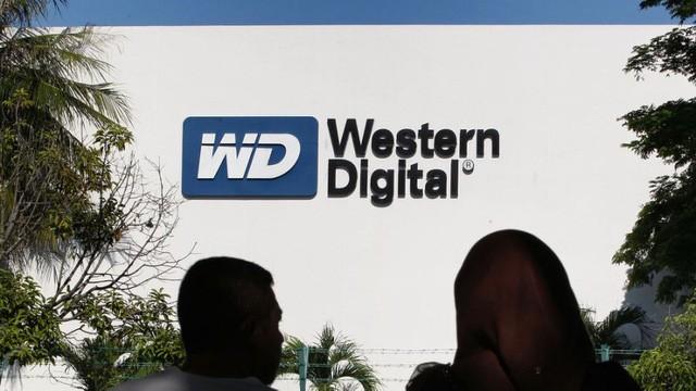 Toshiba cảnh báo Western Digital không can thiệp vào thương vụ mua bán bộ phận chip nhớ ảnh 1