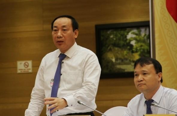Thứ trưởng Bộ GTVT Nguyễn Hồng Trường tại họp báo Chính phủ thường kỳ tháng 5 chiều 3/6.
