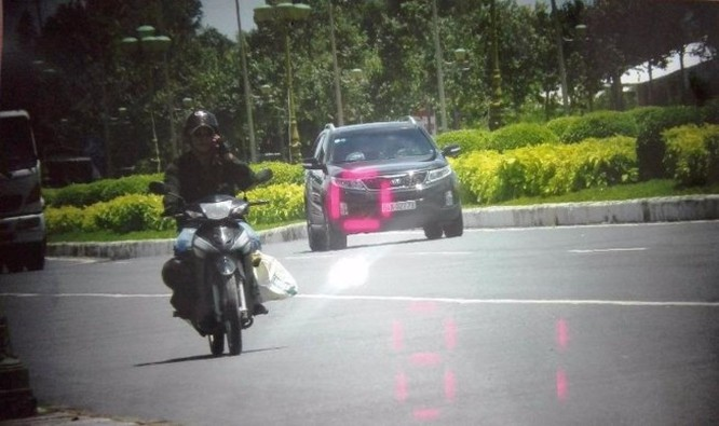 Hình trích xuất từ camera của CSGT Cần Thơ cho thấy xe của tướng Liêm đã vi phạm tốc độ