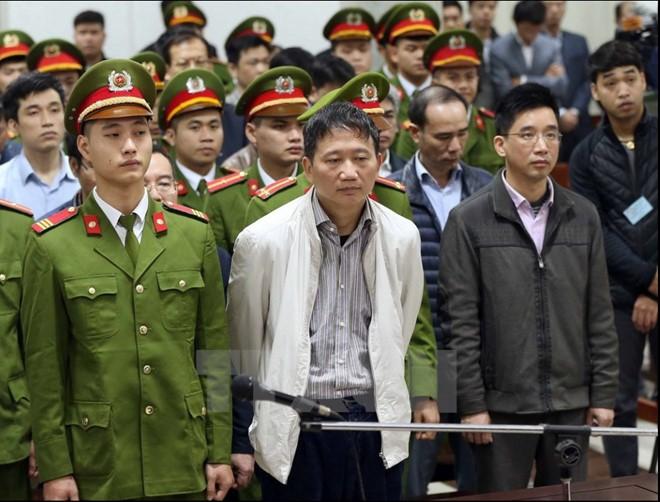 Phạt 13 năm tù với ông Đinh La Thăng, chung thân với Trịnh Xuân Thanh ảnh 1