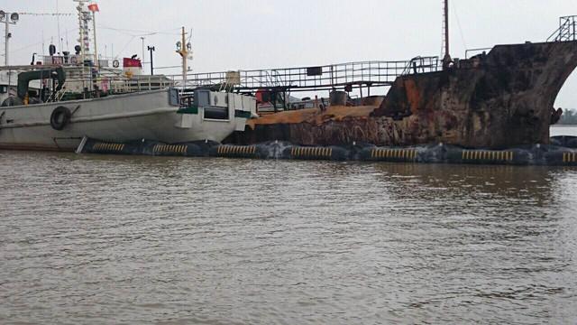 Tàu Hải Hà 18 sau khi đã dập tắt đám cháy. Nguồn: KDPL