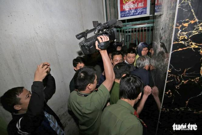 Lý do khiến cựu tổng cục trưởng cảnh sát Phan Văn Vĩnh bị bắt - Ảnh 3.