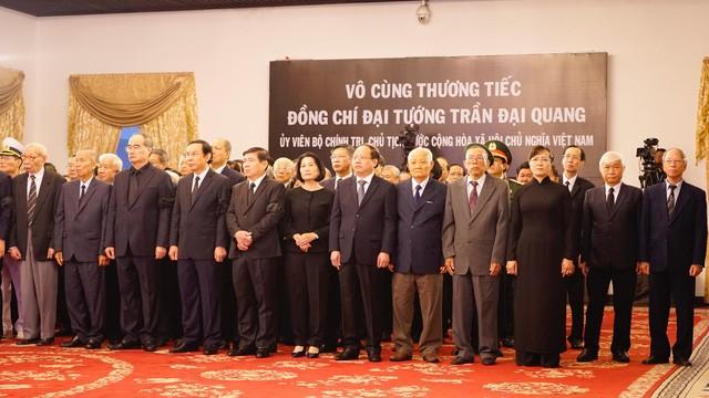 Bắt đầu Lễ Quốc tang Chủ tịch nước Trần Đại Quang ảnh 12