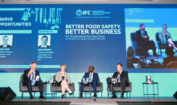 Việt Nam thiệt hại khoảng 700 triệu USD mỗi năm do mất an toàn thực phẩm ảnh 1
