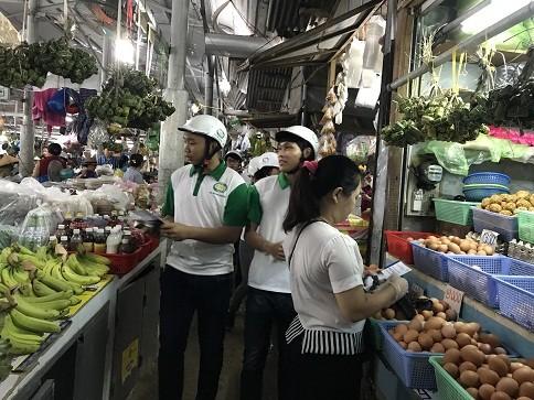 Tổ chức truyền thông cơ động về an toàn thực phẩm tại Nha Trang ảnh 2