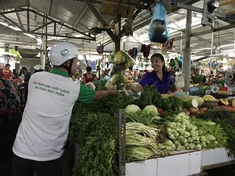 Tổ chức truyền thông cơ động về an toàn thực phẩm tại Nha Trang ảnh 4