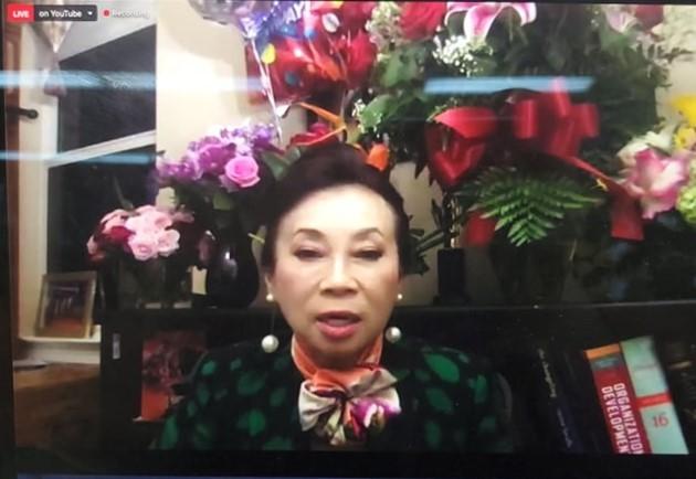 Bà Đặng Thị Hoàng Yến tham gia ĐHĐCĐ trực tuyến