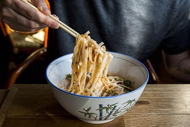 6 mẹo chụp ảnh món ăn đẹp để đăng Instagram ảnh 9