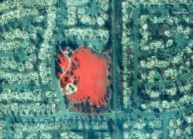 Thảm họa cháy rừng ở California nhìn từ vệ tinh ảnh 9