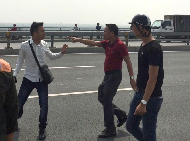 Giám đốc Công an Hà Nội chỉ đạo xử lý vụ công an hành hung phóng viên ảnh 1
