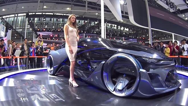 Video: 10 phương tiện giao thông kỳ lạ sẽ phổ biến trong tương lai ảnh 9