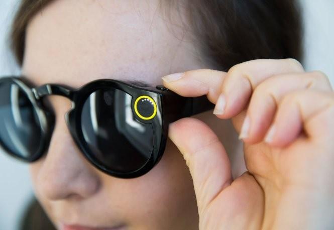 Apple chuẩn bị ra mắt kính thông minh? ảnh 2