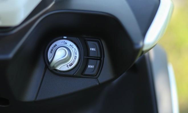 Yamaha NVX đầu tiên về Hà Nội ảnh 5