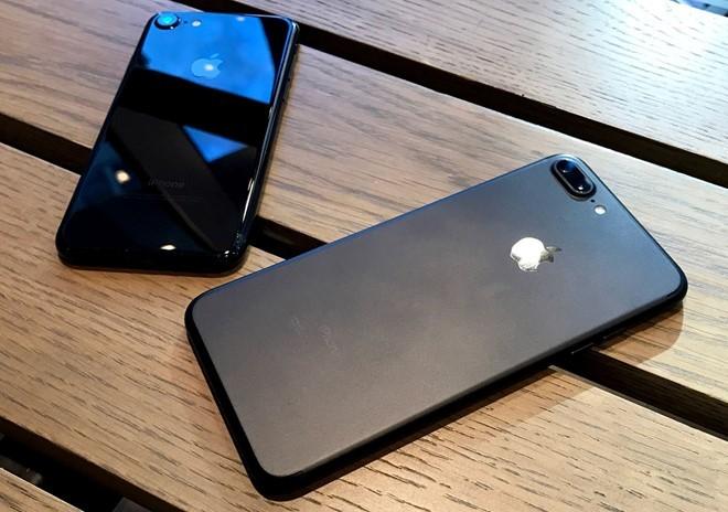 Loạt smartphone giảm giá mạnh trong tháng 11 ảnh 6