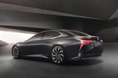 Lexus LS sẽ có tuỳ chọn hệ truyền động nhiên liệu Hydro vào năm 2019 ảnh 1