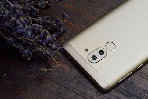 Những mẫu smartphone tầm trung nổi bật nhất 2016 ảnh 1
