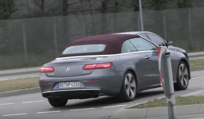 Mercedes-Benz E-Class Cabriolet bản sản xuất lộ diện trên phố ảnh 3