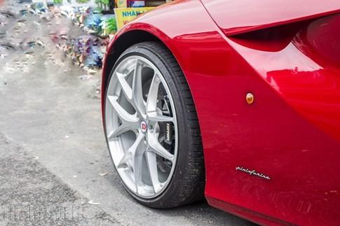 'Hàng độc' F12 Berlinetta bản độ Dubai duy nhất tại Việt Nam - ảnh 2