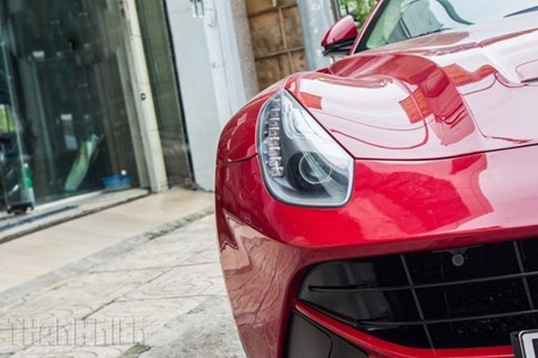 'Hàng độc' F12 Berlinetta bản độ Dubai duy nhất tại Việt Nam - ảnh 1