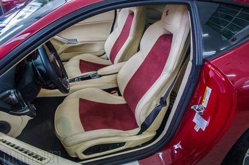 'Hàng độc' F12 Berlinetta bản độ Dubai duy nhất tại Việt Nam - ảnh 13