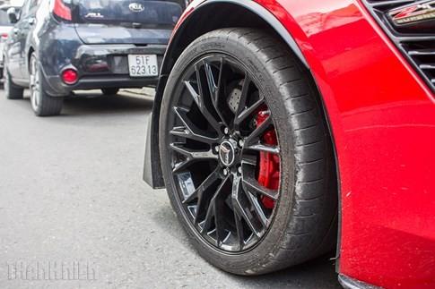 'Quỷ đỏ' Chevrolet Corvette C7 Z06 giá 7 tỉ đồng dạo phố Sài Gòn ảnh 3